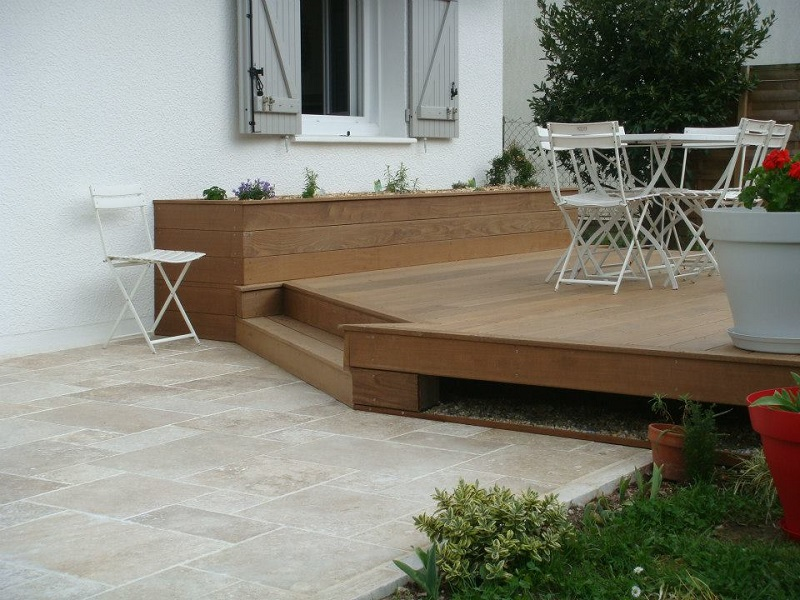 Construction D Une Terrasse En Bois Et Une Terrasse En
